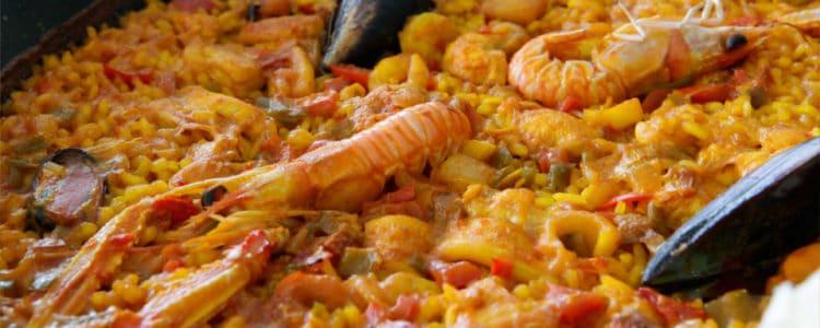 La cocina se basa en experimentar y en probar nuevos sabores, el gusto de los platos varía de acuerdo a la persona que los cocina.